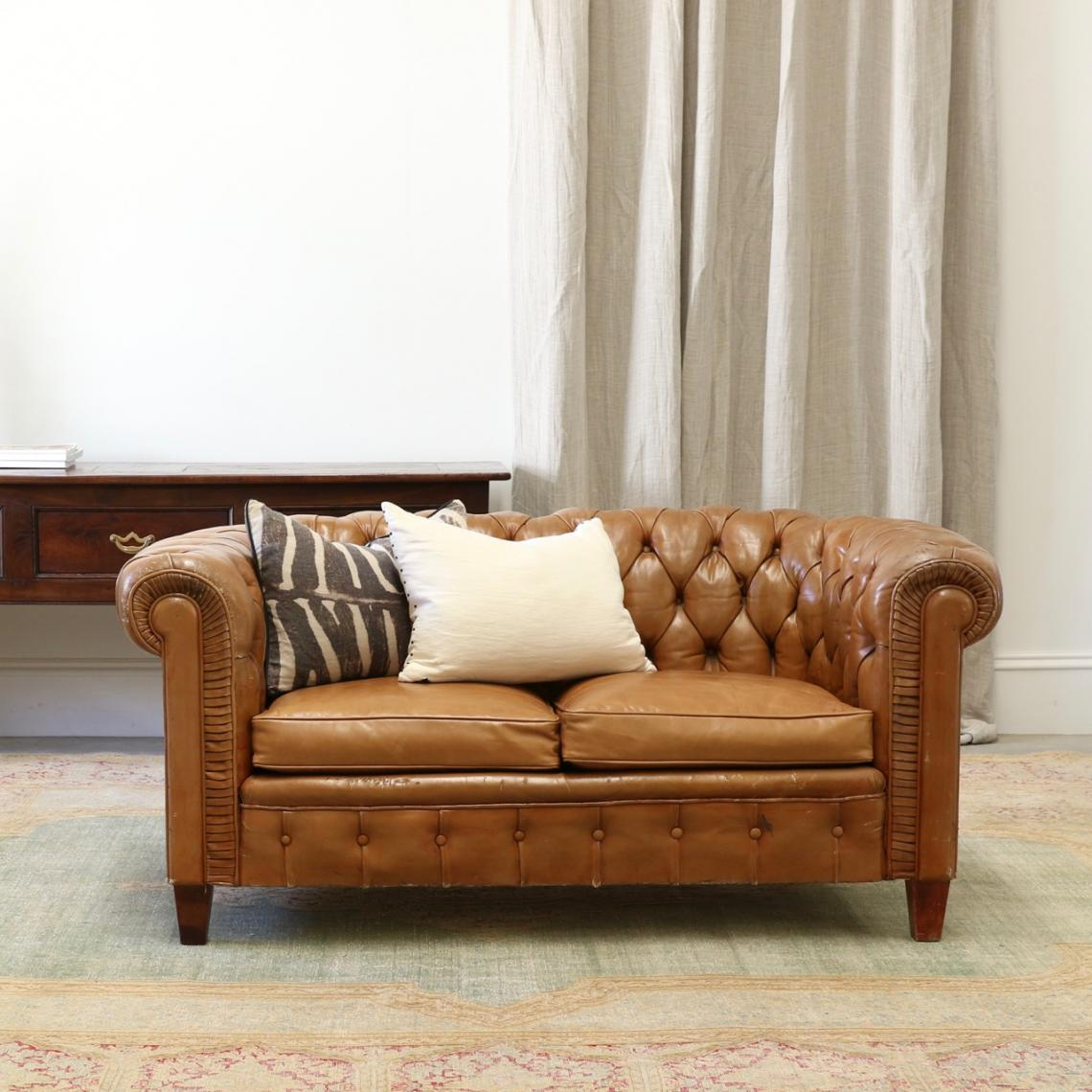 109-45 - A Two Seater Chesterfield