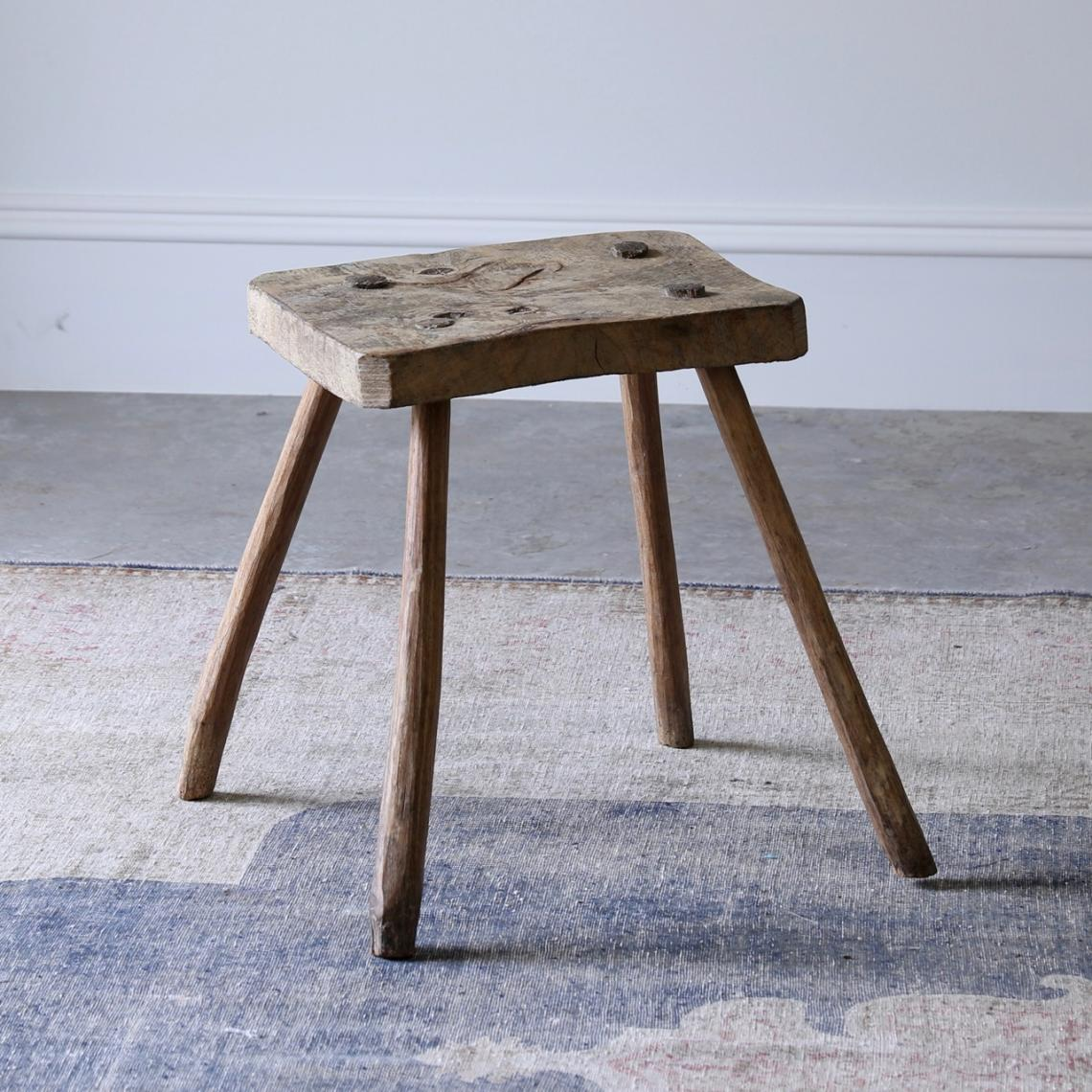 Fine John Stephens Primitive Elm Stool Gmtry Best Dining Table And Chair Ideas Images Gmtryco