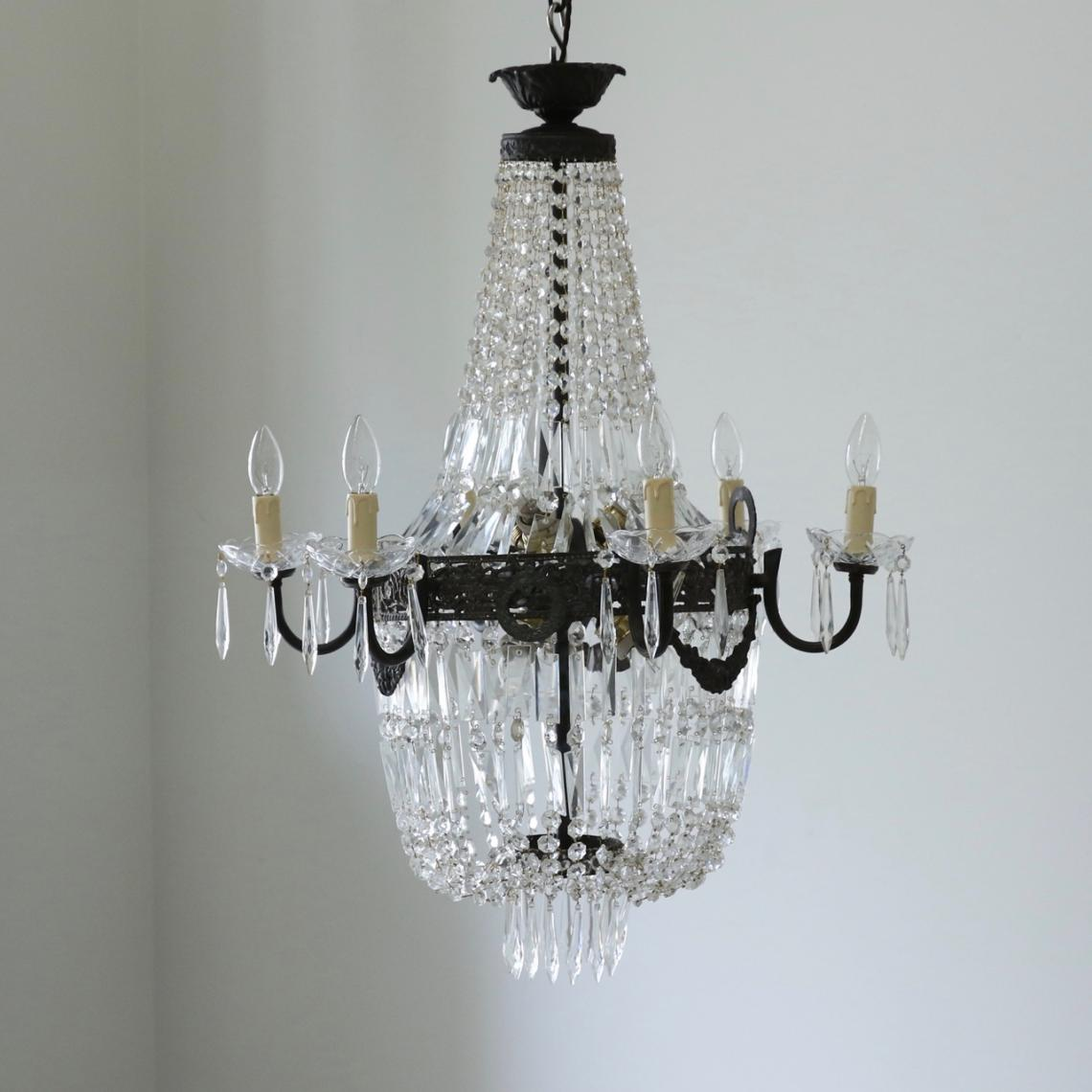 113-38 - Pair of French 1920s Chandeliers