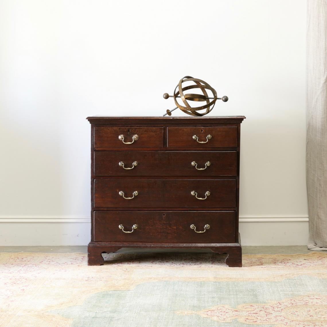 113-70 - Georgian Chest of Drawers