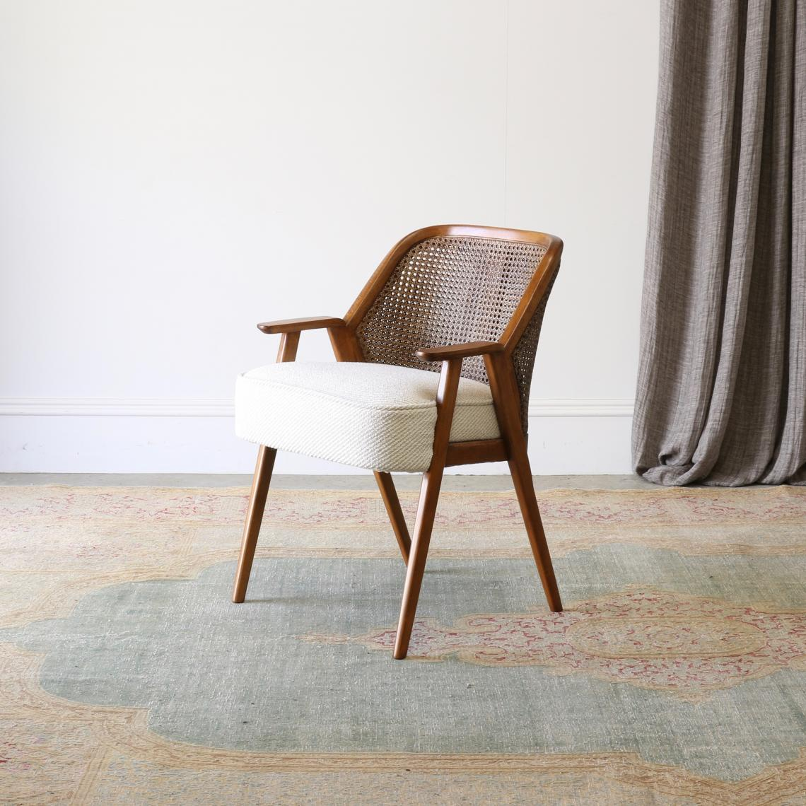 113-76 - Khan Dining Chair