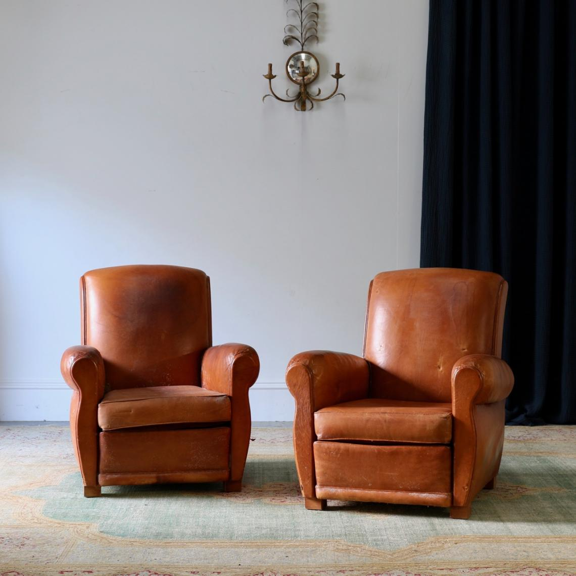 115-85 - Pair of Leather Armchairs