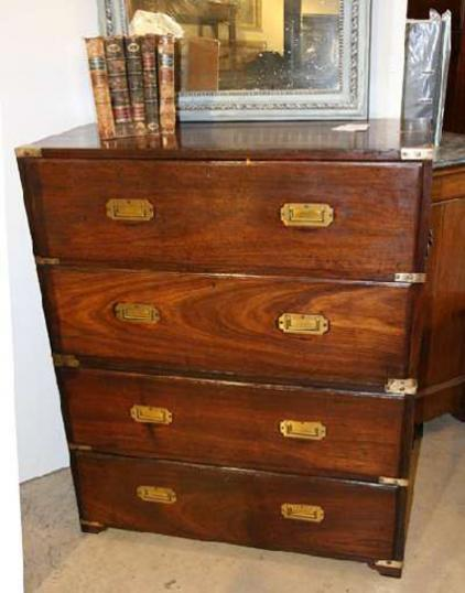 70-08 - Military Chest of drawers