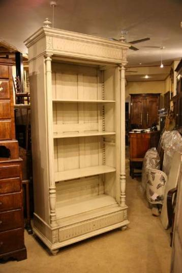 70-26 - French Painted Bookcase