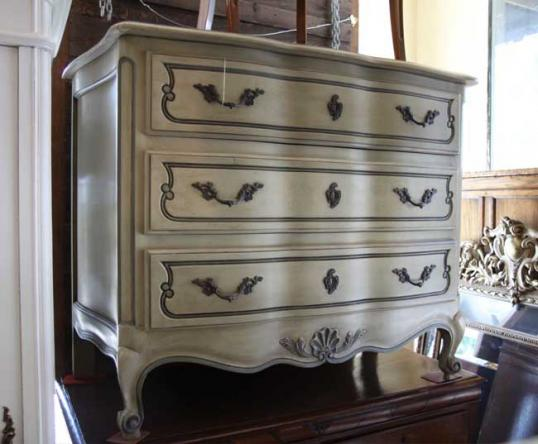 70-78 - French Painted Commode