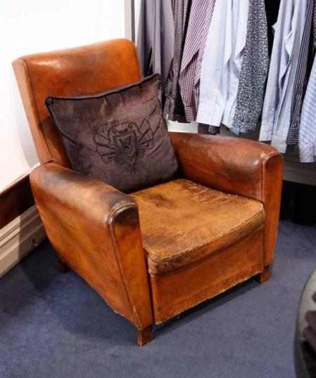70-80 - Pair Leather Armchairs