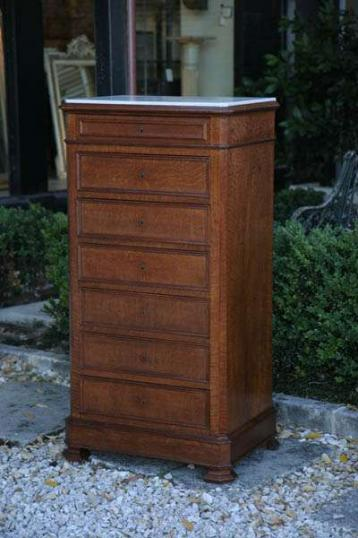 71-79 - Tall Chest of Drawers